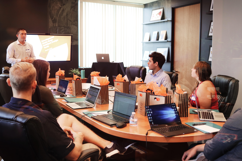 Las empresas catalanas necesitan a programadores y especialistas en Digital Marketing